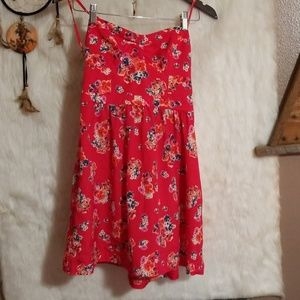 American Eagle size 6 floral red pretty sun dress.